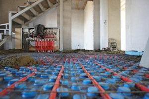 стяжка укладывается на теплый пол