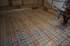 цементная стяжка будет укладываться на теплый пол