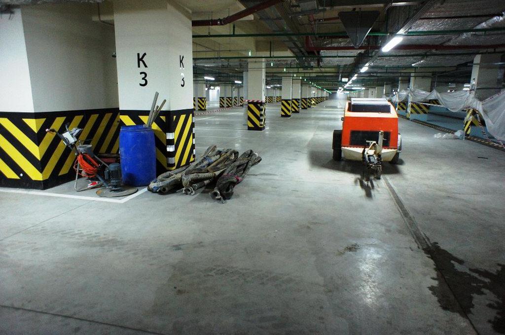 стяжка в Москве, подземный гараж