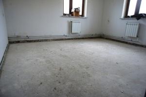 комната в доме под выравнивание