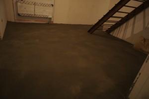 цементно-песчаная стяжка после затирки
