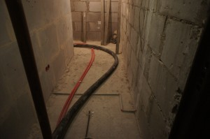 основание пола в коридоре
