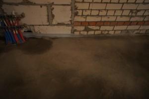 подсохший цементно-песчаный слой