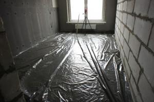 изоляционная пленка под слой стяжки