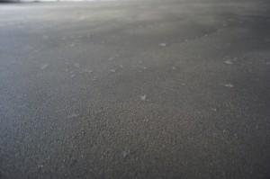 поверхность полусухой стяжки с фиброволокном