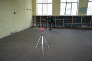 устройство цементной стяжки пола Клин