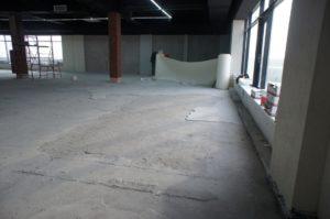 стяжка пола по бетону